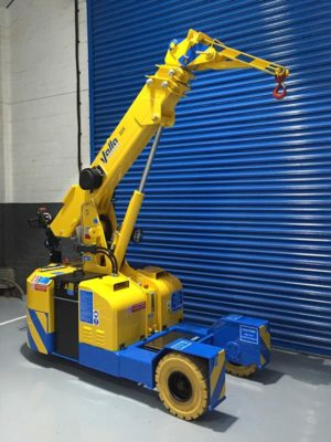 valla_22e_with_fly_jib-_pick_and_carry_crane
