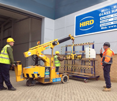 hird_glass_vaccum_lifting