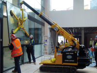 glass-vacuum-lifter-and-valla-pick-and-carry-crane-hird