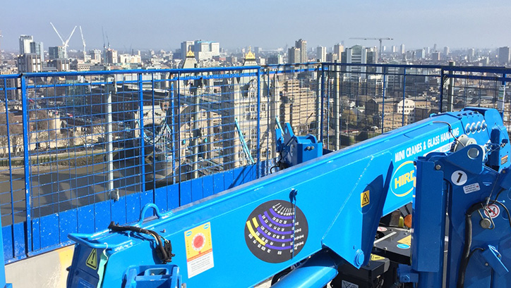 view-over-london-UNIC-295-Spider-mini-crane