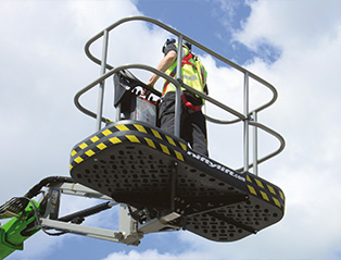 niftylift-hr21-AWD-hybrid-SiOPS® safety system-product_of_the_month