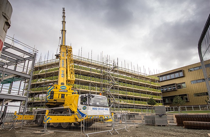 Mobile crane hire in Hull | Hird