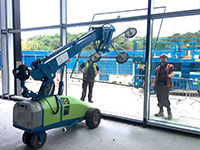 Curtain wall lifting equipment hire