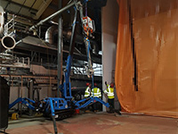 Tracked spider crane ideal ingredient in food factory lift
