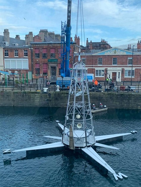 Oracle-art-installation-into-Prince's-Dock-for-a-maritime-festival-hird-lifting